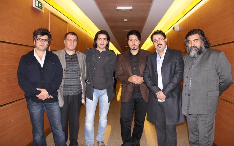 تصاویر محسن یگانه و علی ثابت در کنسرت احسان خواجه امیری بدون تگ تبلیغاتی